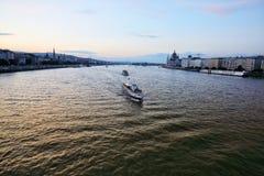Budapest miasto i Danube rzeka przy zmierzchem Zdjęcie Royalty Free