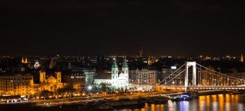 Budapest nocą, Elisabeth most obrazy stock
