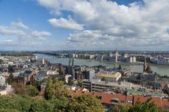 Budapest panorama från Buda Castle Royaltyfri Bild