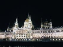 Budapest parlament brać przy nocą obrazy stock