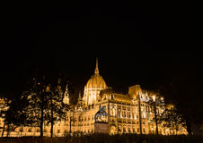 Budapest-Parlament in der Nacht Stockfotos