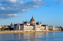 Budapest-Parlament Donau Stockfoto