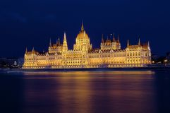 Budapest parlament at night Stock Images