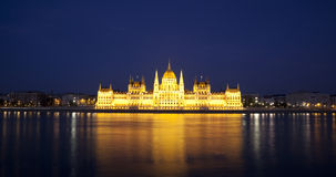 Budapest parlament noc Obrazy Royalty Free