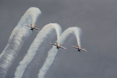 Budapest pokaz lotniczy Nad Danube rzeką zdjęcia royalty free