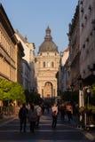 Budapest sikt av basilikan av St Stephen arkivbild