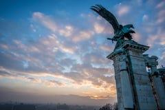 Budapest-Sonnenaufgangstatue Stockbild