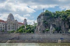 Budapest stad Cliffside Arkivbild