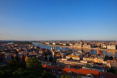 Budapest-Stadt bei Sonnenuntergang lizenzfreie stockfotografie