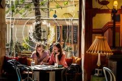 BUDAPEST, UNGARN - AVRIL 20, 2016: Theate Puder, der Bistros und der Bar Lizenzfreie Stockfotografie