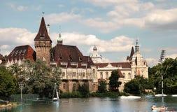 Budapest, Ungarn - 27. Juni 2015: Vajdahunyad-Schlossansicht von Lizenzfreie Stockfotografie