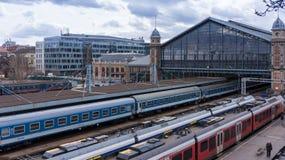 Budapest Ungern 03 15 2019 den västra järnvägsstationen i Budapest royaltyfri foto