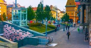 Budapest Ungern - MAI 01, 2019: Scenisk sikt av den gamla staden av Szentendre, Ungern p? den soliga sommardagen Szentendre ?r en royaltyfri foto