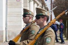 Budapest, Ungheria - 5 aprile 2018: Membri della guardia di onore ungherese immagine stock