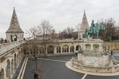 BUDAPEST, UNGHERIA - 10 DICEMBRE 2015: Il bastione dei pescatori a Budapest Fotografia Stock Libera da Diritti