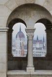 BUDAPEST, UNGHERIA - 10 DICEMBRE 2015: Il Parlamento a Budapest Immagini Stock