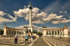 BUDAPEST, UNGHERIA - 27 giugno 2017: Monumento di millennio agli eroi Fotografia Stock Libera da Diritti