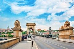 BUDAPEST, UNGHERIA 2 MAGGIO 2016: Ponte-un della catena di Szechenyi di Th Fotografie Stock