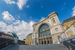 BUDAPEST, UNGHERIA - MAGGIO 2017: Stazione ferroviaria di Budapest Keleti Ungherese: Palyaudvar di Budapest Keleti aperto nel 188 Fotografie Stock Libere da Diritti