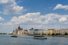 budapest ungrareparlament Arkivfoto