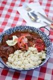 Budapest, Węgry 27 Czerwiec, 2014: Tradycyjny Węgierski wołowina gulasz lub goulash, tradycyjny hungarian posiłek Obrazy Stock