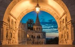 Budapest, Węgry - opiekuny rybaka ` s bastion zdjęcie royalty free