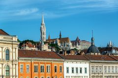 Budapest y St Matthias Church imagen de archivo libre de regalías