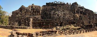 Budda menteur dans Angkor Vat Photos libres de droits