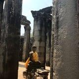 Buddha Żółty kontusz Zdjęcia Royalty Free