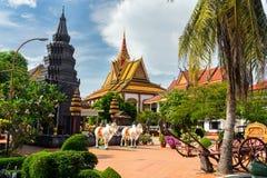Buddha świątynia na słonecznym dniu Zdjęcia Stock