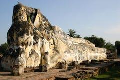 Buddha adagiantesi a Ayutthaya, Tailandia Fotografia Stock
