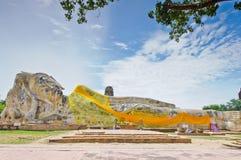 Buddha antyczna sypialna statua Fotografia Royalty Free