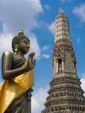 Buddha auf der Haltung des Überzeugens seiner Verwandten nicht zum quarre Lizenzfreies Stockbild