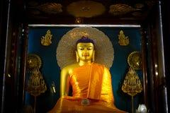 Buddha av den Mahabodhi templet av Bodh Gaya, Indien på den Puja festivalen Royaltyfria Bilder