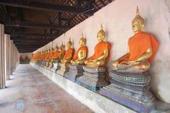 Buddha av den Putthaisawan templet Ayutthaya, Thailand Arkivfoto