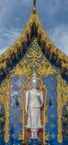Buddha bianco diritto Fotografia Stock Libera da Diritti