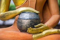 Buddha-Bild mit Schüssel Stockbilder