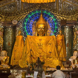 Buddha - Shwedagon Pagode - Rangun - Myanmar Stockfotos