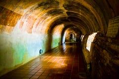 Buddha in caverna Fotografie Stock Libere da Diritti