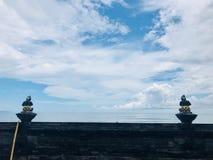 Buddha che esamina la spiaggia Distensione fotografie stock libere da diritti