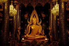Buddha Chinnaraj, Wat Phra Sri Ratanamahatat, Phitsanilok Lizenzfreie Stockbilder