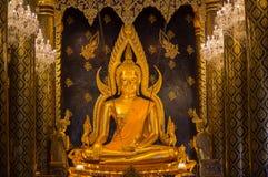 buddha chinnaratphra Arkivfoton