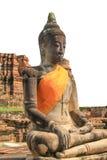 Buddha con fondo bianco (Buddha, statua) Fotografie Stock Libere da Diritti