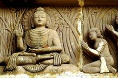 Buddha con i suoi seguaci Fotografia Stock Libera da Diritti