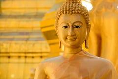 Buddha de oro en el símbolo de Thailand Foto de archivo libre de regalías