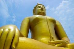Buddha de oro grande Imagenes de archivo
