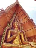 Buddha de oro grande Fotos de archivo
