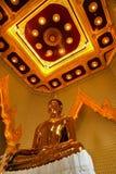 Buddha de oro verdadero Fotos de archivo libres de regalías