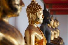 Buddha de oro, Wat Pho, Bangkok Foto de archivo libre de regalías