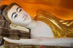 Buddha de reclinação Foto de Stock Royalty Free